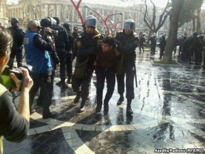 A protestor being detained in Baku on 10 March 2013. (Picture courtesy of RFE/RL)
