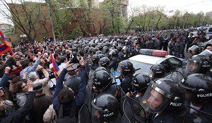 bagramyan-police-raffi-hovhannisian-clashes1